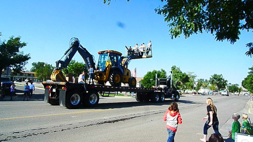 Earth Mover on Flatbed